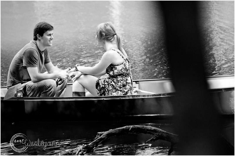 canoe engagement session  florida photographer, old cypress canoe, holmes creek